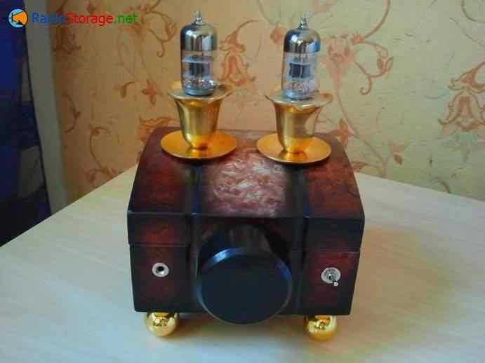 Ламповый усилитель для наушников в виде шкатулки