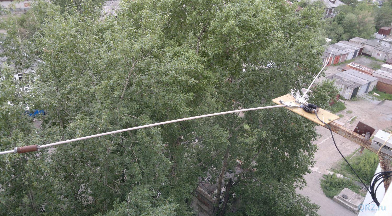 Балконная антенна - диполь 14/21/28 мгц.