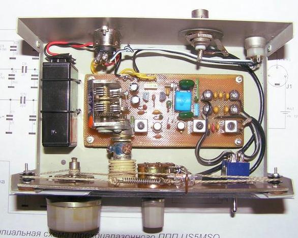 Внутренний монтаж приемника на транзисторах КВ диапазоны 7, 14, 21 МГц